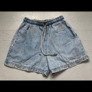 Vintage drawstring elastic waist denim shorts